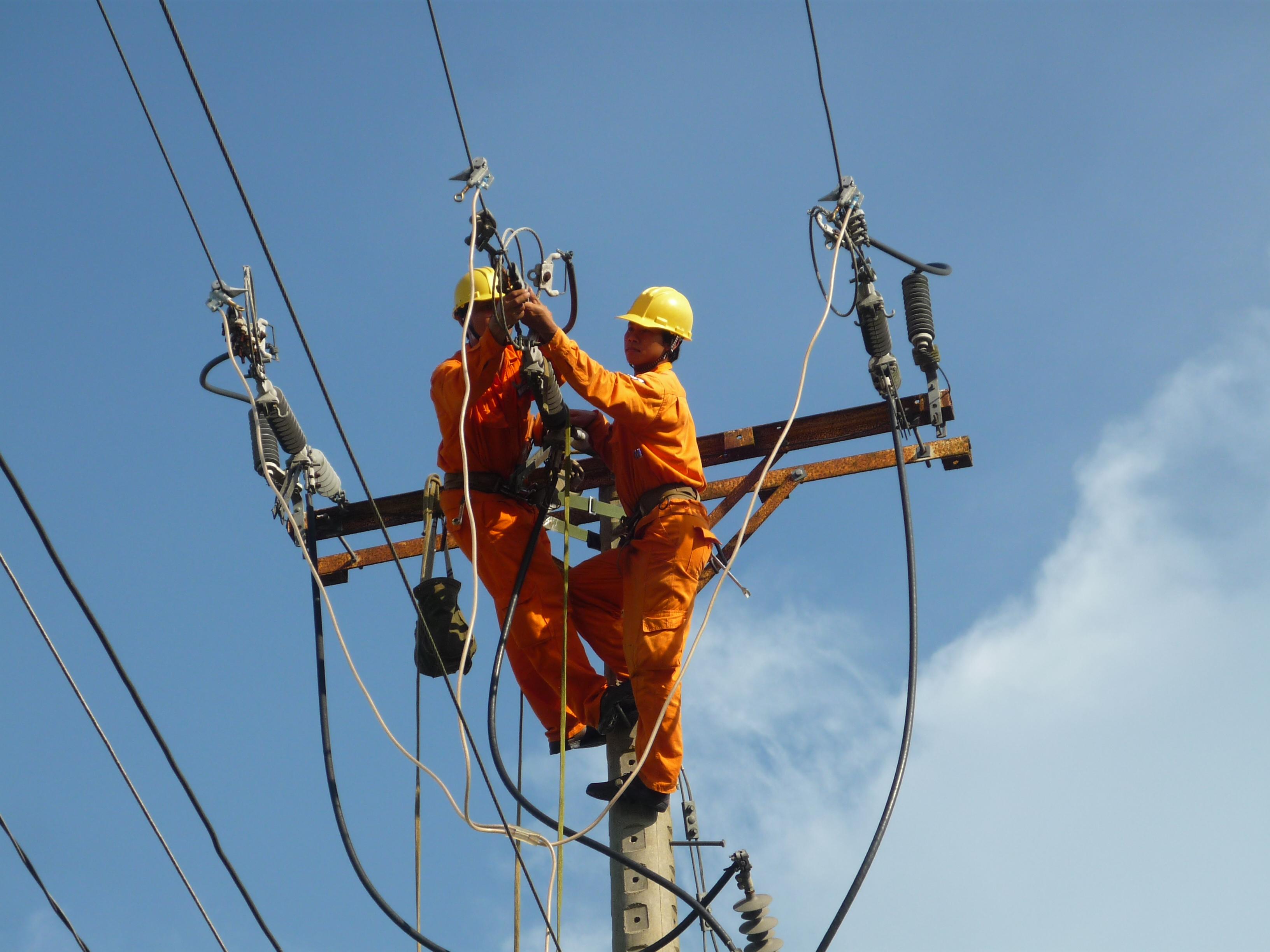 EVNSPC lên kế hoạch cấp điện cho ngày lễ 30/4 và 1/5 1